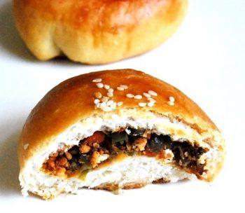 stuffing buns