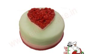 Heart Roses Cake