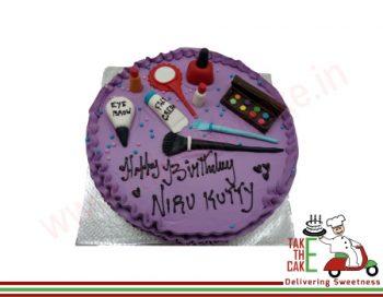 Makeup Kits Cake